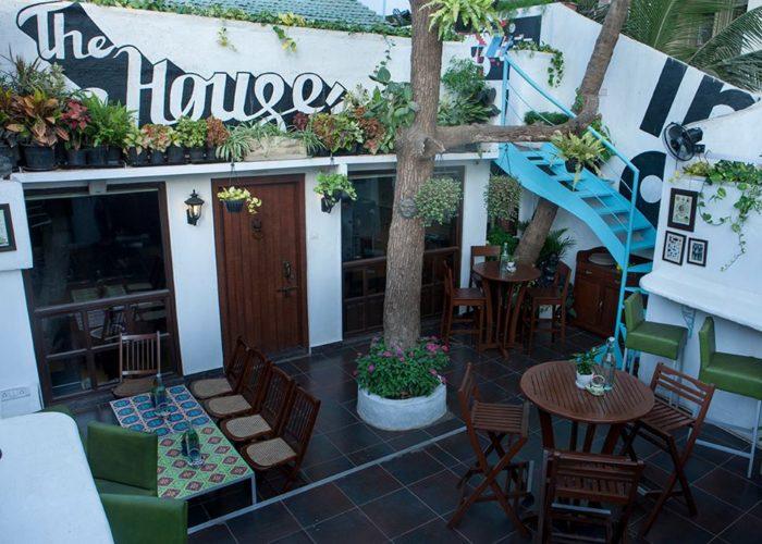 The-House-1-700x500